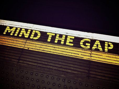 mind-the-gap-1876790__340